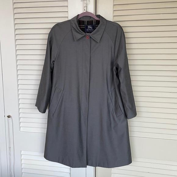 Vintage Burberry coat L